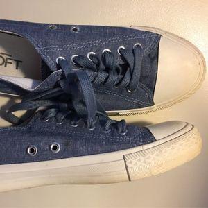 LOFT Chambray White Toe Cap Lace Up Sneaker 9 Blue